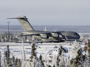air_cc-177_inuvik_airport_lg1