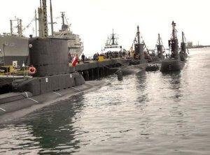 Los seis Tipo 209 peruanos conforman la fuerza de Submarinos mas numerosa de América, después de la US Navy.,