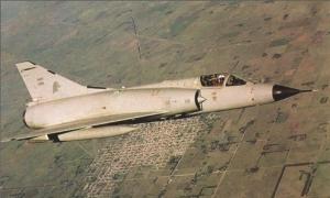 Mirage IIIEA de la Fuerza Aérea Argentina (Click en la foto para ver Mirage IIEA en www.faa.mil.ar)