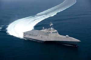 """El USS """"Independence"""" (LCS-2) de General Dynamics - Click en la foto para ver mas"""